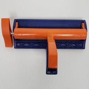 "Fiskars Paper Crimper 6.5"" Rollers Tool"